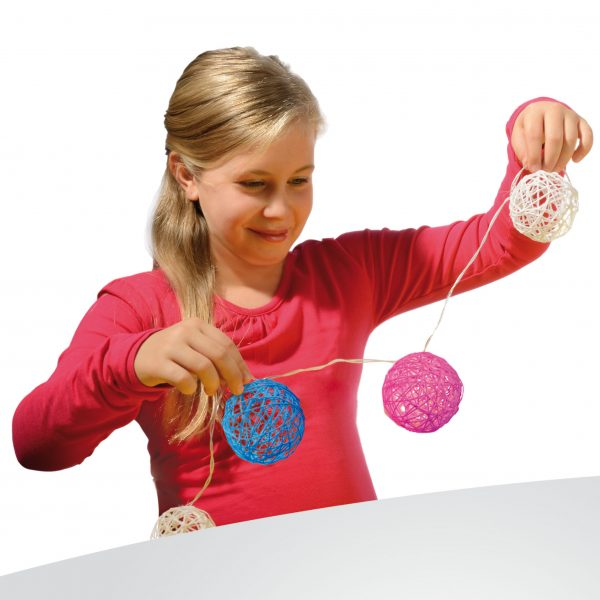 Make your own Light Garland by SES Creative Toys